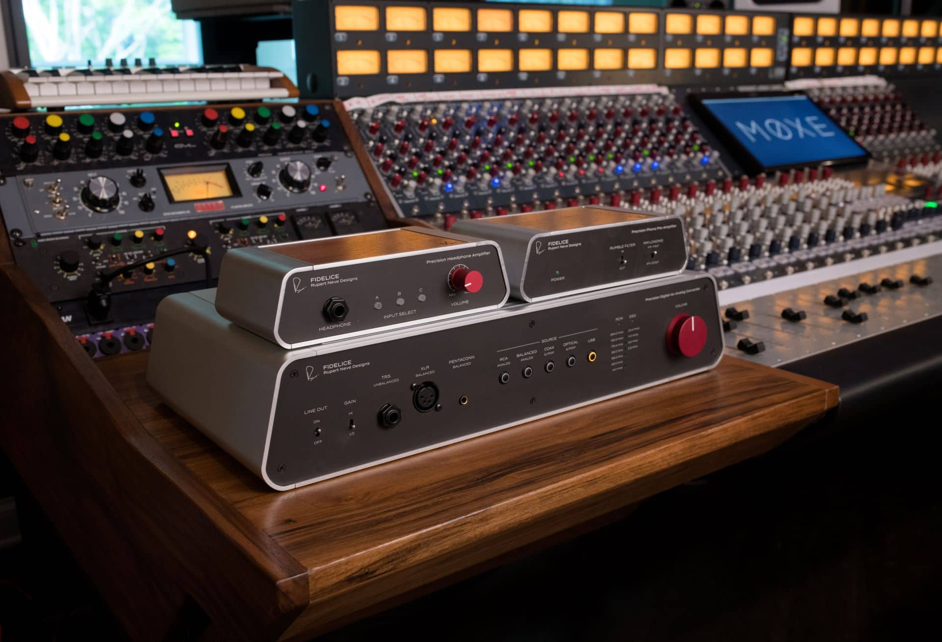 Rupert Neve Fedelice products in a recording studio